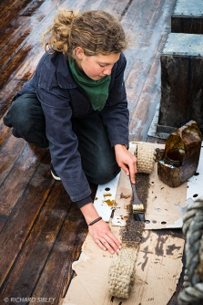 Mikaela Boltenstern, tarring the Chafing Gear on deck