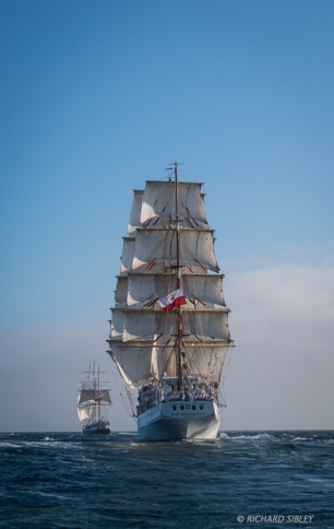 Lord Nelson and Dar Mlodziezy. Race start, Lisbon 2012