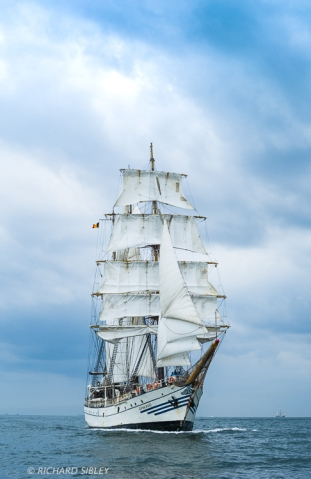 The Indonesian Barquentine 'Dewaruci' on the start line Antwerp 2010