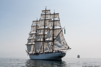 Brazillian Full Rigger Cisne Branco and the Dutch Schooner Gulden Leeuw