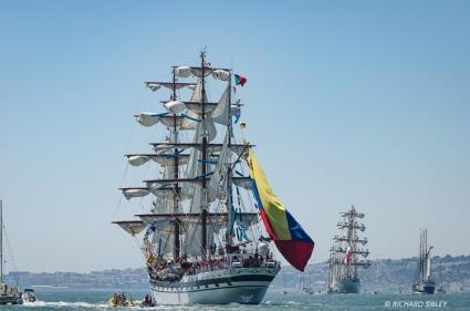 Venezuelan barque, Simon Bolivar, Mexican barque Cuauhtemoc and Principe Perfeito