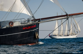 Schooner Santa Maria Manuela leads the class A line from Dutch Schooner Wylde Swan at the race start
