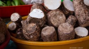 Cassava, Mindelo market